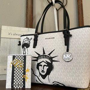 HP😍New Mk set medium tote & flat wallet 🖤